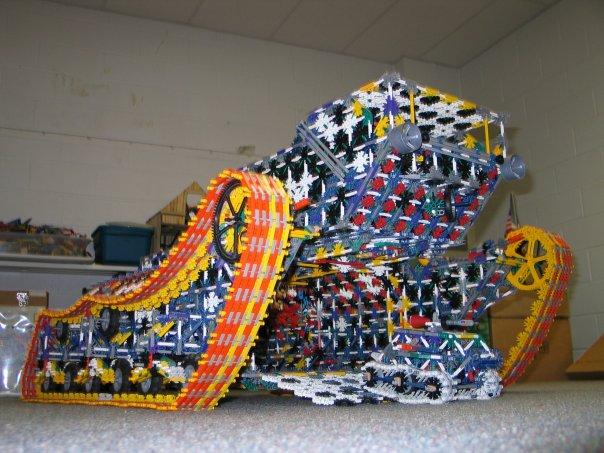 K'Nex KNex-sculpture8